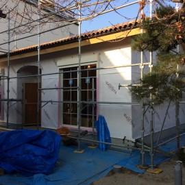 南欧風デザインの平屋 建て方〜屋根工事